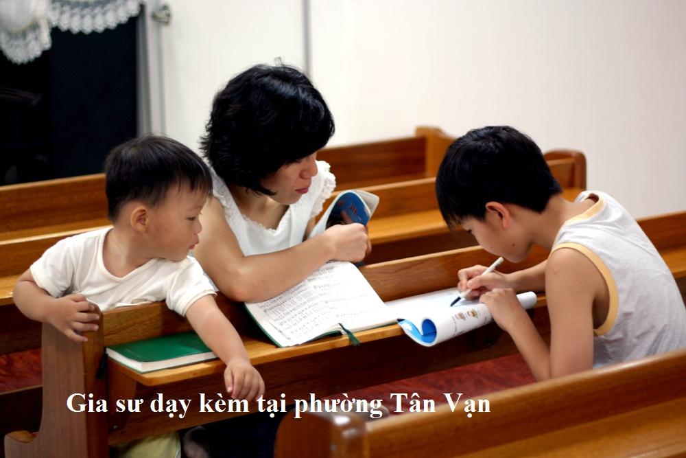 Gia sư dạy kèm tại phường Tân Vạn